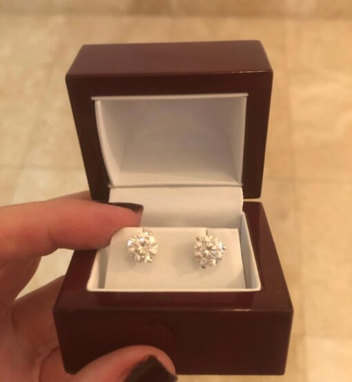 4.00tcw Round Moissanite Forever One Stud Earrings (2-8.0mm)