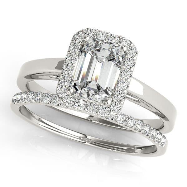 Emerald Moissanite Pave Halo Wedding Set Ring - 4.05tcw